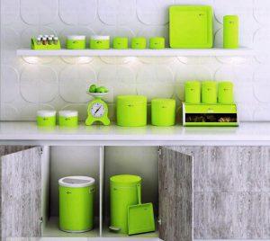سبز در آشپزخانه